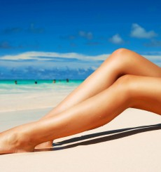 beach-hottie-legs-1280x800.GPG